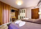 2 или 3 нощувки на човек със закуски и вечери + ТОПЪЛ басейн и релакс зона от хотел Антик, Павел Баня, снимка 12