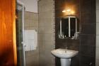 Нощувка или нощувка със закуска за ДВАМА в хотел Марая, Арбанаси, снимка 16