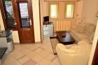 Нощувка или нощувка със закуска за ДВАМА в хотел Марая, Арбанаси, снимка 11