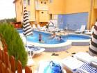 1 нощувка за 10 човека в напълно оборудвана и обзаведена къща + външен минерален басейн от Комплекс Елена, с. Баня, снимка 5