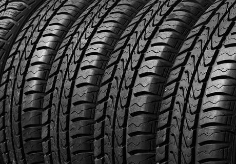 Хотел за 4 автомобилни гуми от всички видове размери само от Автосервиз КОБА, София!