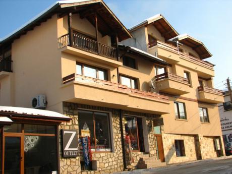 2+ нощувки на човек със закуски и вечери от семеен хотел Боянова Къща, Банско