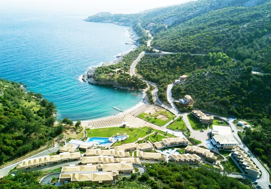 Ранни записвания за май в Thassos Grand Resort***** на о. Тасос, Гърция! Нощувка в двойна стая на човек със закуска  + отопляем басейн!