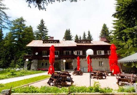 Нощувка на човек със закуска само за 24.50 лв. в хотел Боерица, природен парк Витоша