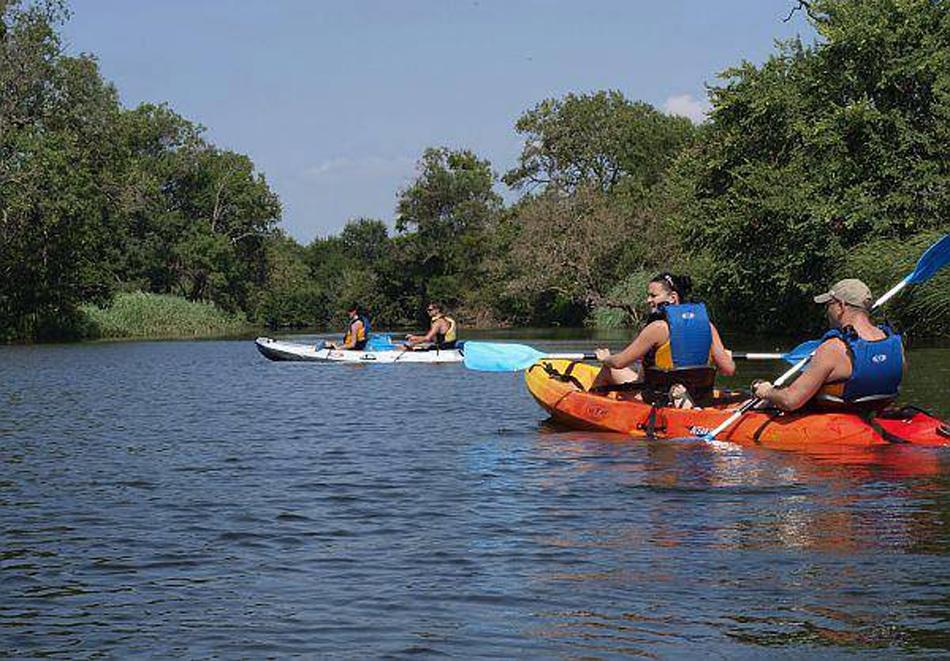 2 екстремни приключения: каякинг на река Караагач + влизане в пещера Водопада с лодка от Активни.бг
