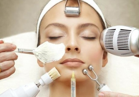 Почистване на лице с ултразвук и ампула Хиалурон само за 12.50 лв. от салон за красота Юлия, Пазарджик