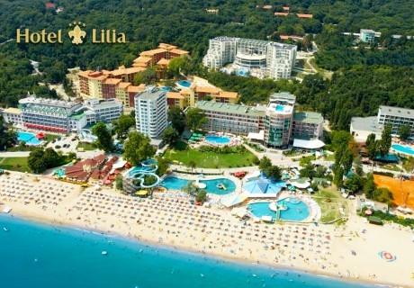 Цяло лято на ПЪРВА ЛИНИЯ в Златни пясъци. Нощувка на човек на база All inclusive в хотел Лилия****