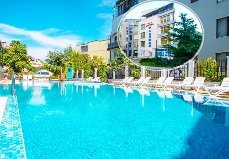 Късно лято в Созопол! Нощувка на човек със закуска или закуска и вечеря + басейн в Хотел Флагман***, на 70м. от плаж Хармани, Созопол