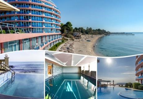 2 минерални басейна + СПА център на брега на морето + нощувкa на човек със закуска и вечеря от хотел Сириус Бийч**** Константин и Елена. Дете до 12г. на допълнително легло- БЕЗПЛАТНО