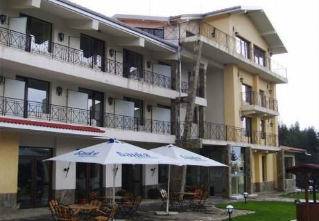 2, 3 и 5 нощувки на човек със закуски, обеди и вечери в хотел Виа Траяна, Беклемето!