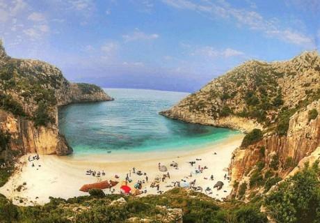 Почивка в Албания- скритата перла на Адриатика. Транспорт, 5 нощувки на човек със закуски и вечери от ТА България травъл