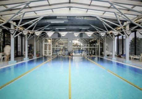 Спорт и Релакс на МАКС в спортен комплекс Силвър Сити. Ползване на басейн, парна баня и сауна само за 12 лв.