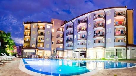 Късно лято в Слънчев бряг на ТОП ЦЕНА! Нощувка на човек, на база All Inclusive + басейн в луксозния хотел Съни Бюти Палас