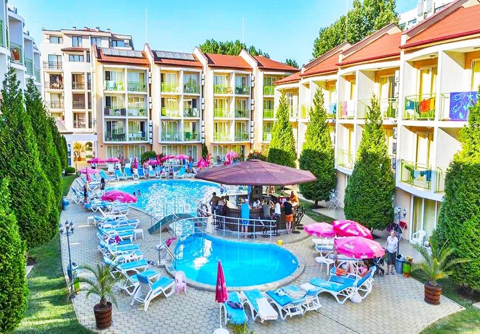 Ранни записвания за лято 2021! Нощувка на човек на база All Inclusive + басейн в хотел Сън сити, Слънчев Бряг. Дете до 13г. - безплатно