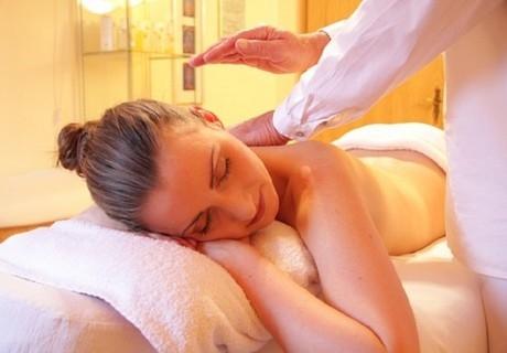 Шведски масаж 60мин. + престой в солен кът от Nail & Relax Bar, София