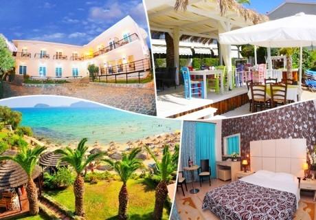 Юни на 40м. от плажа в Кавала, Гърция! Нощувка със закуска на човек + частен плаж, чадър и шезлонг във Вила Николас!