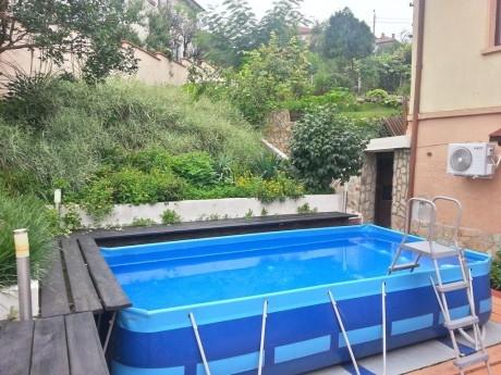 Нощувка за 16 човека в къща Зора с басейн и барбекю - Белоградчик