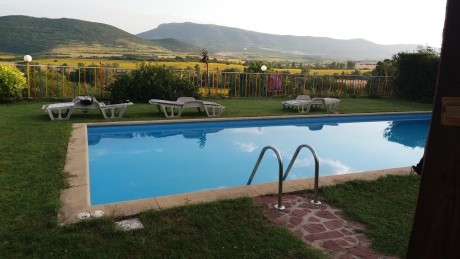 Нощувка за 8, 11 или 19 човека + басейн, СПА зона и механа в къща Чучи - Златна Панега