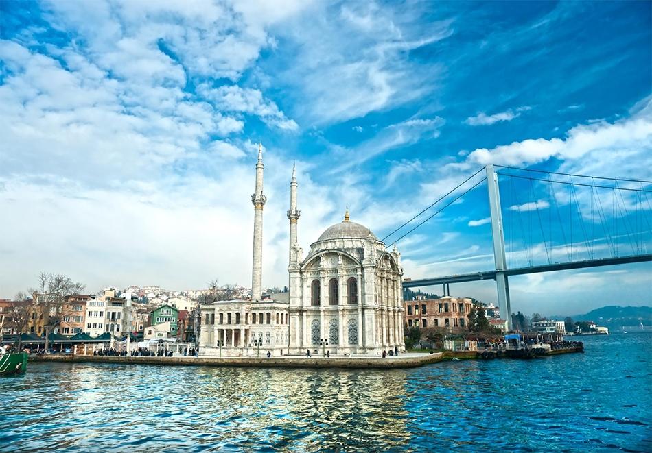 Екскурзия до Истанбул! Транспорт, 3 нощувки на човек със закуски + посещение на Одрин от АБВ Травелс