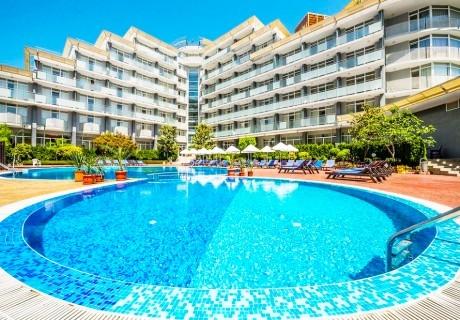 3+ нощувки на човек на база All Inclusive + басейн в Хотел Перла***, Слънчев Бряг