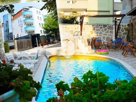 LAST MINUTE през юли в Приморско! Нощувка на човек със закуска или закуска и вечеря + басейн в хотел Свети Стефан