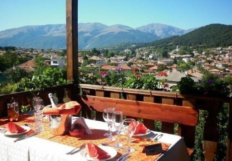 Август в хотел Панорама, Калофер! Нощувка на човек със закуска и вечеря