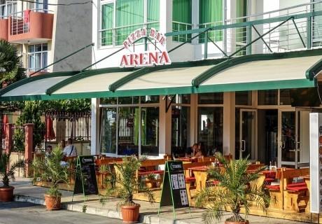 Септември в Приморско! Нощувка или нощувка със закуска за двама, трима или четирима от хотел Арена, на 200м. от плажа