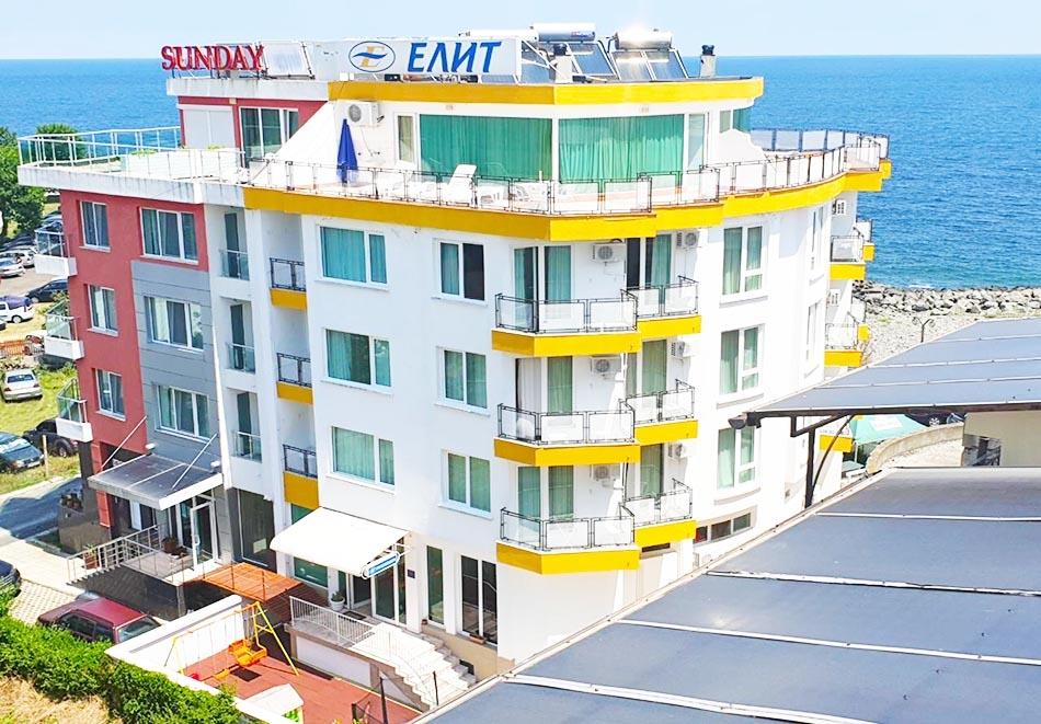 На ПЪРВА ЛИНИЯ в Китен! 5 нощувки на човек със закуски, обеди и вечери + басейн в хотел Елит