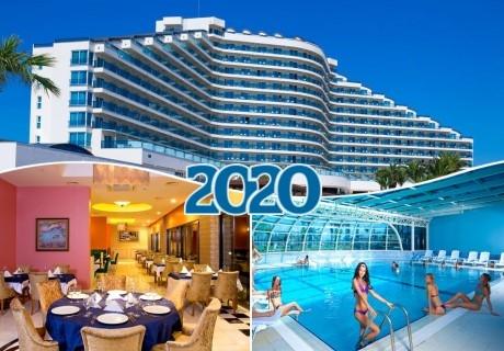 Нова година в Дидим, Турция! 4 нощувки на човек на база Ultra All Inclusive + празнична вечеря, басейн и СПА от хотел Venosa Beach Resot 5*