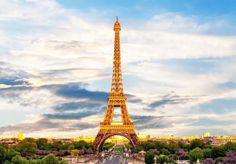 Самолетна екскурзия до Париж, Женева и Милано! Двупосочен билет + 4 нощувки на човек със закуски от Луксъри Травел