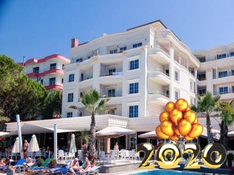 Нова година в Дуръс, Албания! Транспорт, 3 нощувки на човек със закуски и 2 вечери в хотел Fafa Premium Resort 4* от АБВ Травелс