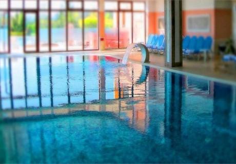 На СПА през делничните дни в хотел Терма, с. Ягода! Ползване на басейни с лечебна минерална вода + зона за релакс