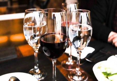 8-ми декември в Несебър! 2 нощувки на човек + празнична вечеря с DJ в хотел Виго****
