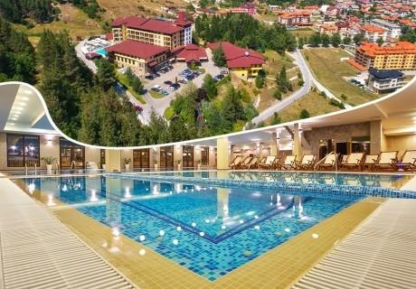 Почивка във Велинград! Нощувка на човек със закуска и вечеря + минерални басейни и СПА пакет в Гранд хотел Велинград