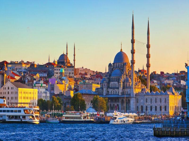 Мартенска екскурзия до Истанбул, Турция 2020! 2 нощувки на човек със закуски  + транспорт  от ТА Поход