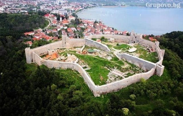 Мартенска екскурзия до Охрид и Скопие, Македония 2020! Нощувка на човек със закуска  + транспорт  от ТА Поход