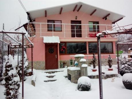 Нощувка за 7 човека в къща Анди 2004 край Габрово - с. Ангелов