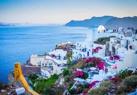 Екскурзия до о. Санторини! 4 нощувки на човек със закуски + транспорт от Еко Тур Къмпани