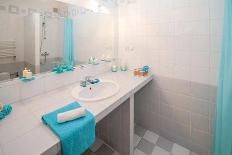Почистване на кухня, баня и тоалетна за апартаменти до 100 кв.м от Клийн Хоум, гр. Бургас.