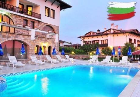 3-ти март в Арбанаси! 2 нощувки на човек със закуска и вечери, една празнична  + 2 басейна и релакс зона от хотел Винпалас