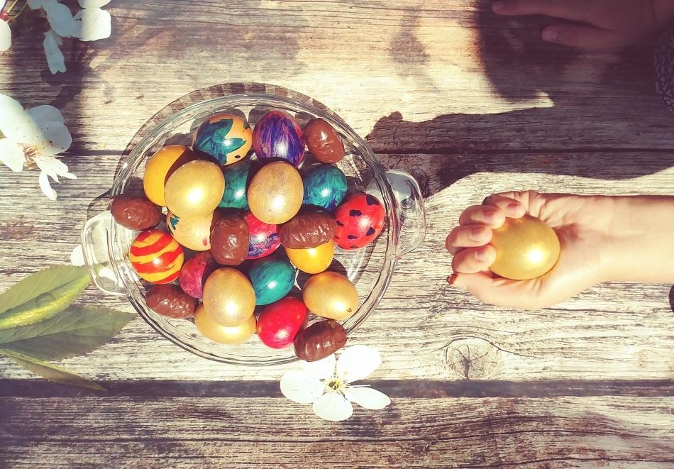 Великден в с. Иново, Сърбия! 2 нощувки на човек, закуски, вечери, празничен обяд, алкохол без лимит + транспорт по избор от Етно Конак Анджела и Бояна Тур