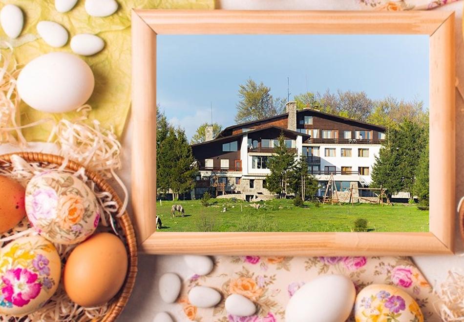 Великден до Габрово! 3 нощувки на човек със закуски и вечери от хотел Еделвайс, м. Узана