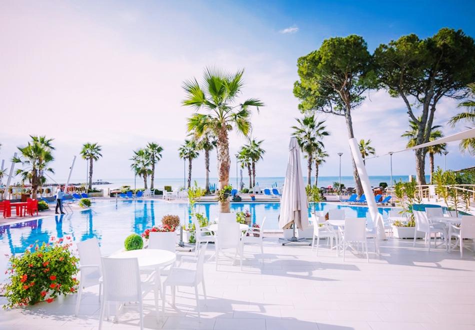7 нощувки All Inclusive на човек в хотел Fafa Premium Resort****, Дуръс, Албания + транспорт от АБВ Травелс