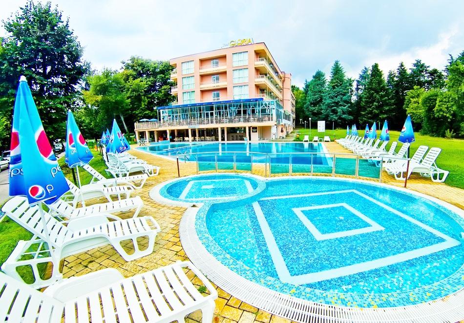 Нощувка на човек на база Аll Inclusive + басейн в хотел Глория***, Св. Св. Константин и Елена. Дете до 13г. - БЕЗПЛАТНО