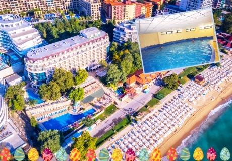 Великден на ПЪРВА ЛИНИЯ в Златни пясъци. Нощувка на човек на база All inclusive + вътрешен басейни в хотел Калиакра Палас****