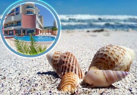 Почивка в Слънчев бряг! 10 нощувки на човек със закуски и вечери + басейн в хотел Есперанто