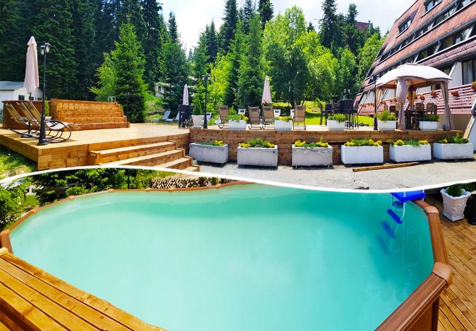 Нощувка на човек със закуска и вечеря* + басейн в хотел Мура***, Боровец
