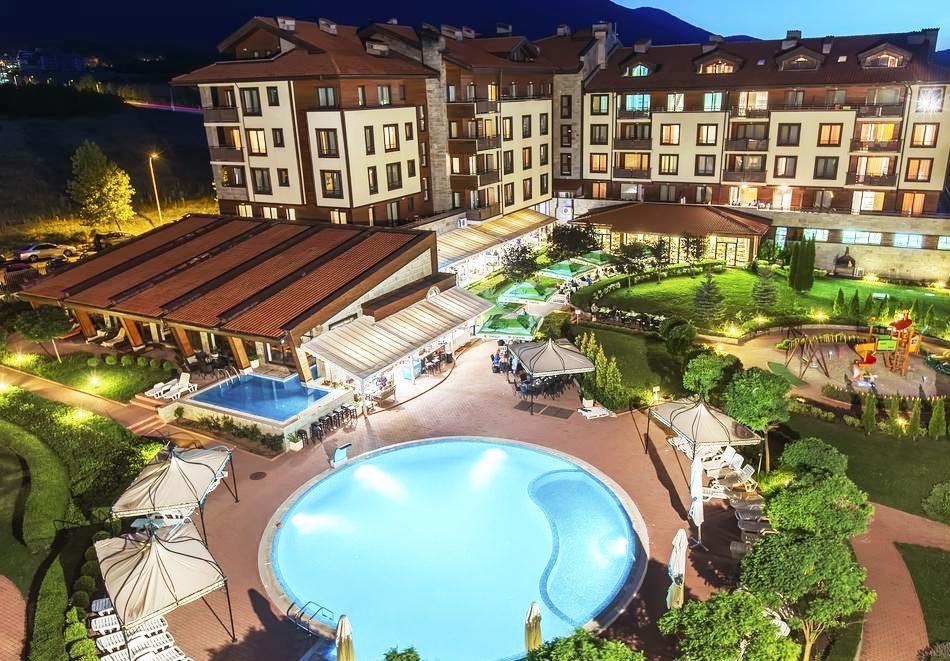 Уикенд до Банско! Нощувка на човек на база All Inclusive + вътрешен отопляем басейн и СПА зона от Мурите Клуб Хотел