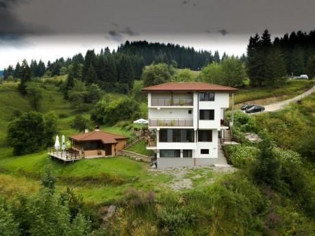 Нощувка за 20 човека + механа, сауна и още удобства в къща Панорама 1 край Смолян - с. Гела