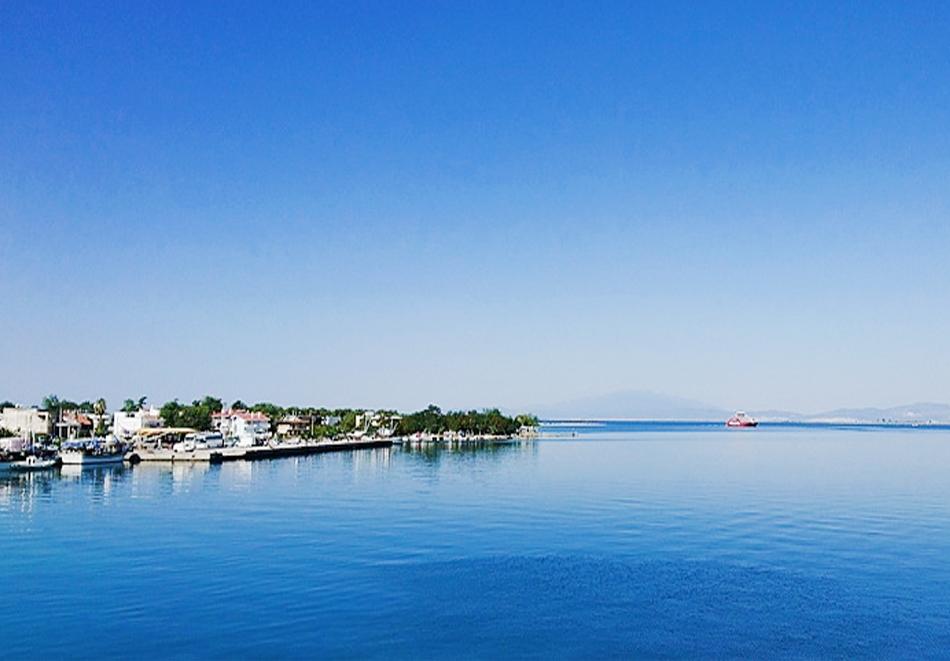 Уикенд почивка в Керамоти и остров Тасос, Гърция! Нощувка на човек със закуска + транспорт от ТА Трипс Ту Гоу